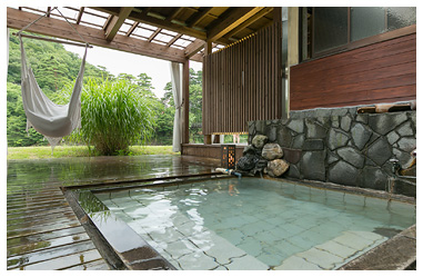 秘湯鷹の巣温泉